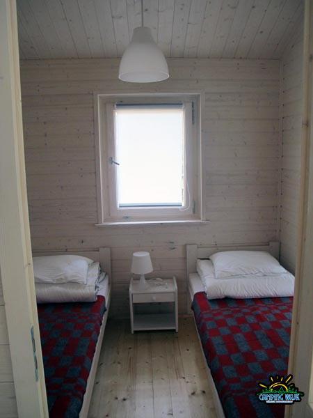 sypialnia nad jeziorem